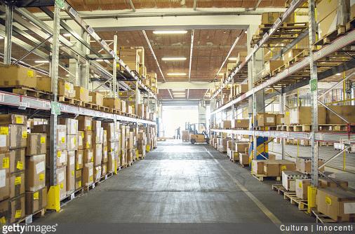 Comment fonctionne un entrepôt logistique ?
