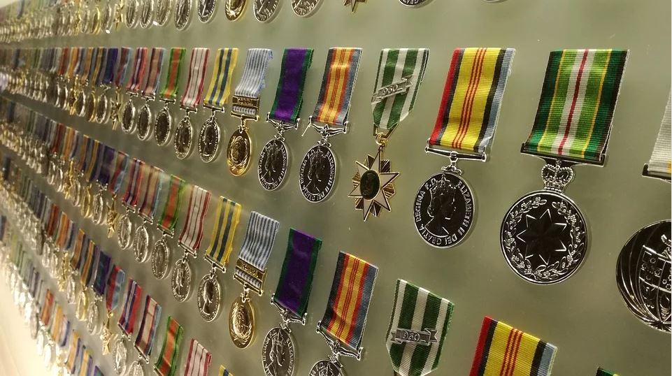 Collection de médailles et décorations militaires